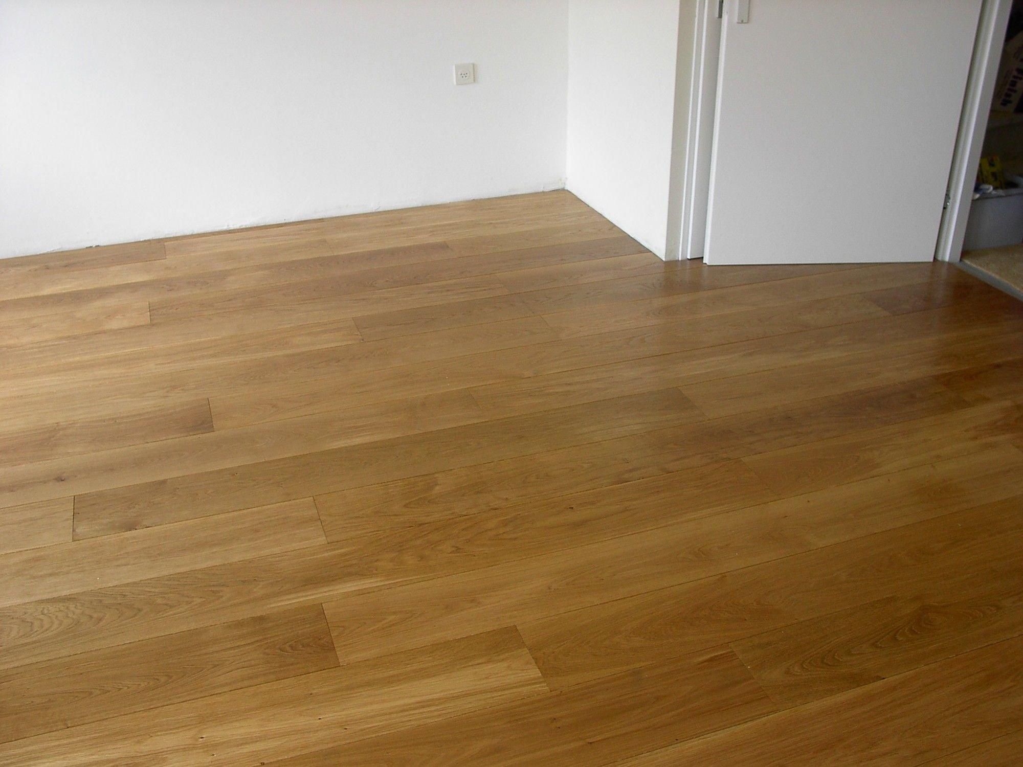 Houten Vloeren Restpartij : Restpartij houten vloer 80m2 eiken rustiek a b 24cm 4mm top kopen