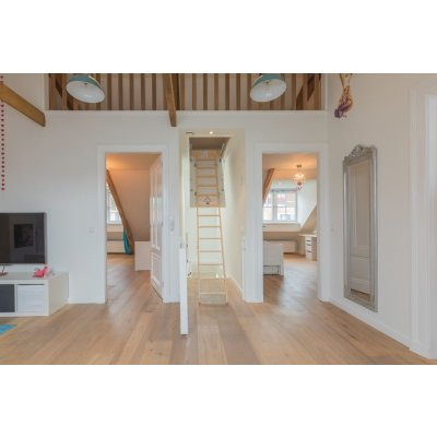 Restpartij houten vloer 70m2 Eiken Rustiek A/B 24cm, 4mm top (Vloeren)