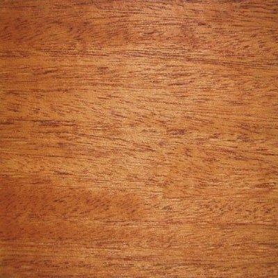 Mahonie/Sipo platte plinten 6x28mm
