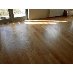 Restpartij houten vloer 60m2 Eiken Rustiek A/B 24cm, 4mm top