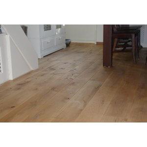 Restpartij houten vloer 50m2 Eiken Rustiek A/B 24cm, 4mm top